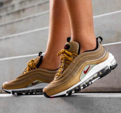 Nike WMNS Air Max 97 QS (GS) Sneaker für 79€ inkl. Versand (statt 139€)