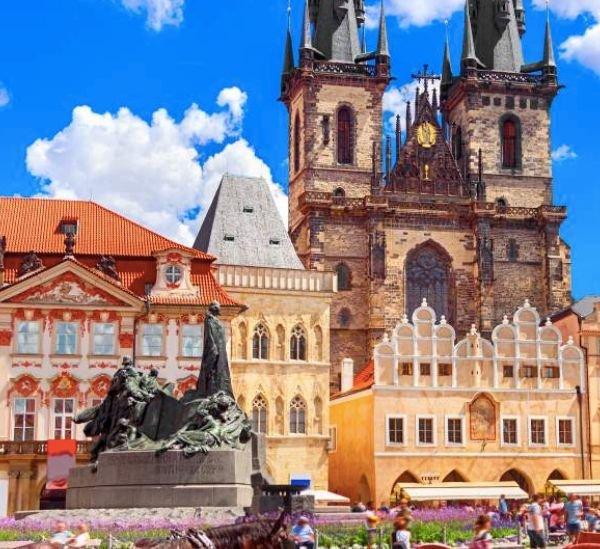 4* Hotel im Fußballstadion Slavia Prags: Iris Hotel Eden inkl. Frühstück (bis September) ab 30€/Nacht