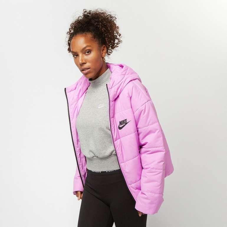 Nike Sportswear Synthetic-Fill Damen Jacke für 63,98€ inkl. Versand (statt 75€)