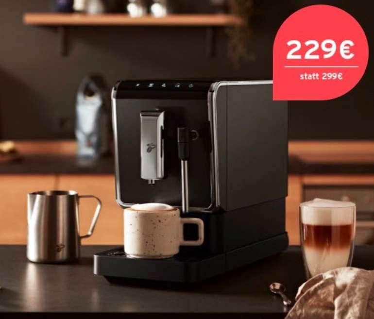"""Tchibo Kaffeevollautomat """"Esperto Latte"""" mit Milchschaumdüse + gratis Milchkännchen für 229€ (statt 299€)"""