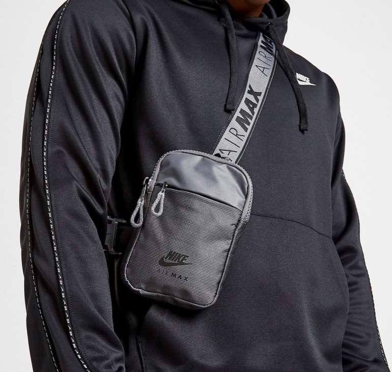 Nike Essential Air Max Hip Pack Umhängetasche für 17€ inkl. Versand (statt 22€)