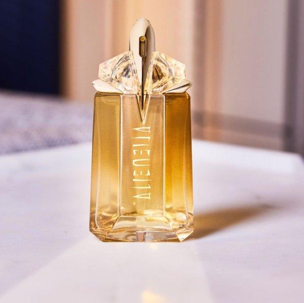 90ml Thierry Mugler Alien Goddess Eau de Parfum für 65,76€ inkl. Versand (statt 90€)