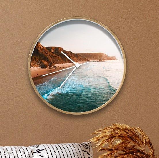 Lieblingsfoto.de: Wanduhr (30cm) mit eigenem Foto für 12,49€ zzgl. Versand