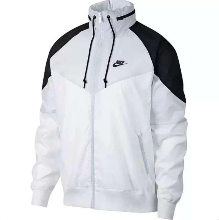 Sportscheck Mid Season Sale mit 30% auf ausgewählte Artikel - z.B. Nike NWS Windrunner 54,31€