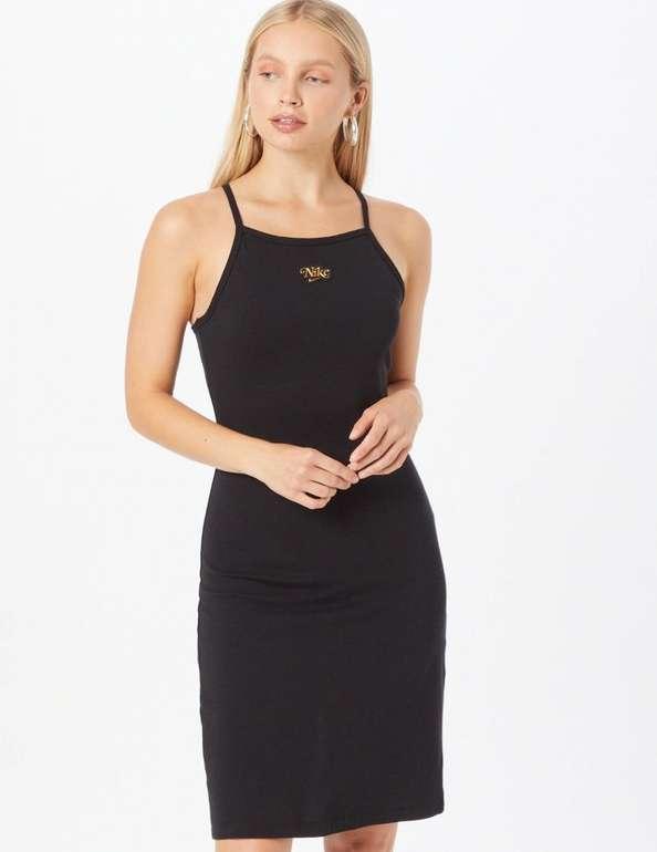 Nike Sportswear Femme Damen Kleid in 2 Farben für je 17,45€ inkl. Versand (statt 36€)