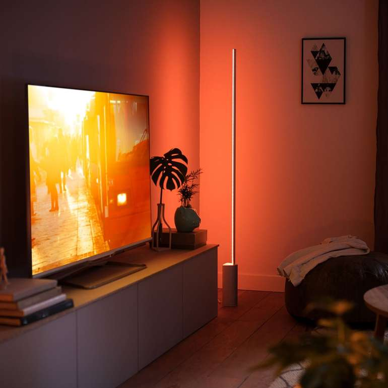 Doppelpack Philips Hue Signe White & Color Ambiance Stehlampen (Bluetooth) für 399€ inkl. Versand