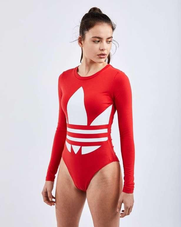 Adidas Damen Bodysuit 'Large Logo' in rot für 19,99€ inkl. Versand (statt 29€)