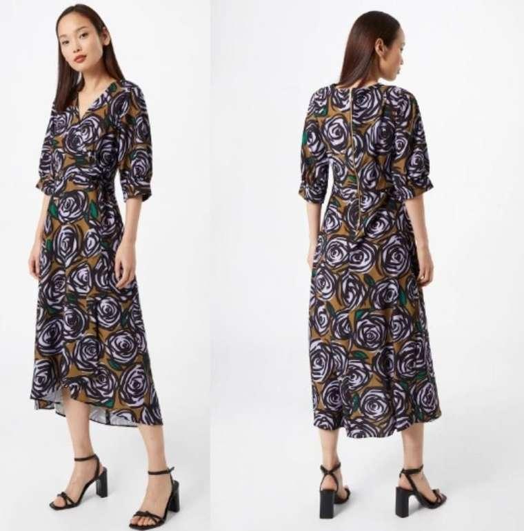 About You: Bis zu 50% Extrarabtt auf Kleider - z.B. Closet London Kleid für 44,95€ inkl. Versand (statt 90€)