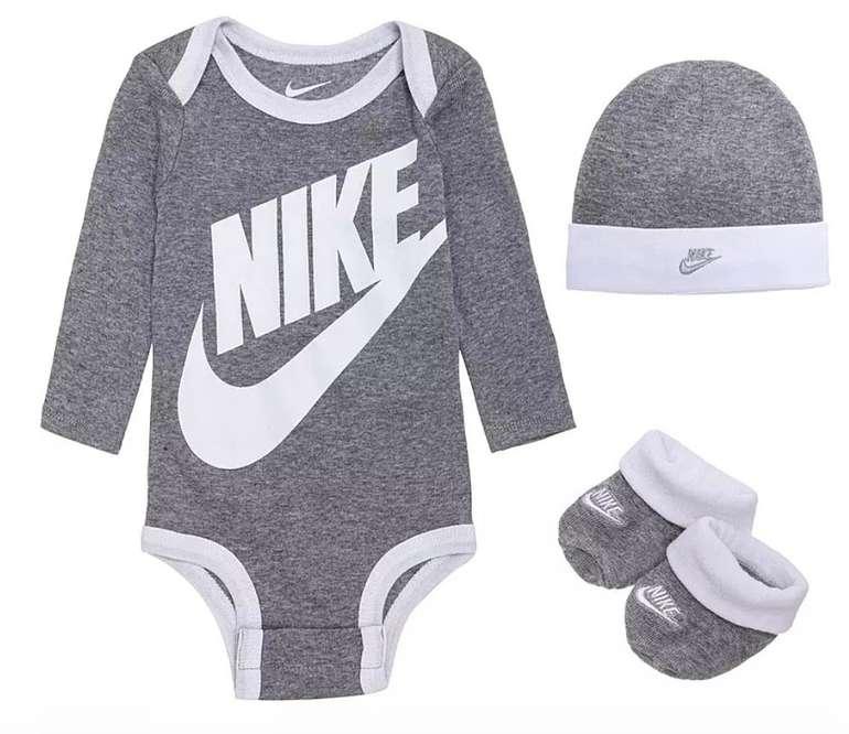 3-tlg. Nike Futura Baby Strampler Set (Mütze, Body und Socken) für 14,31€ inkl. Versand (statt 20€)