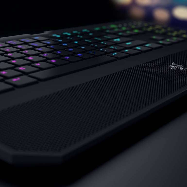 Bundle: Razer Deathstalker Tastatur + Naga Chroma Maus für 99€ mit Versand