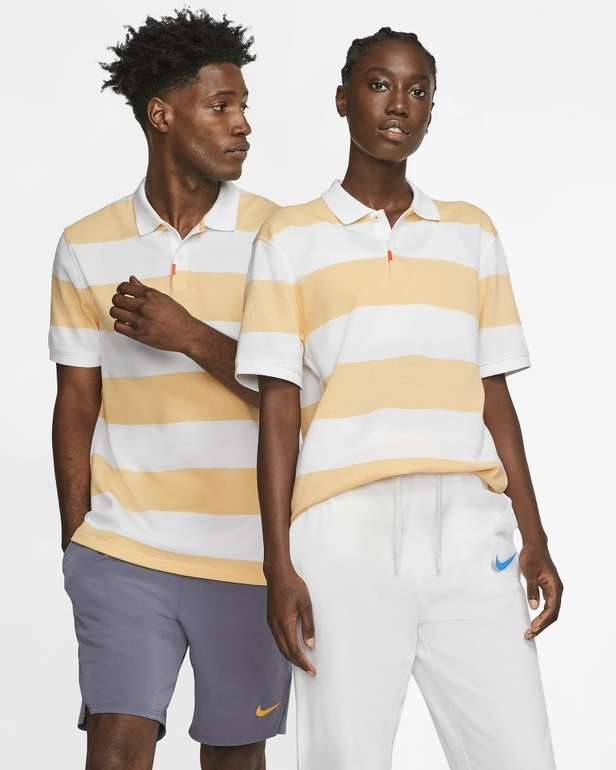 "Nike gestreiftes Poloshirt ""The Nike Polo"" (Unisex) für 31,58€ inkl. Versand (statt 55€) - Nike Membership!"