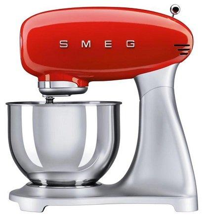 Smeg SMF01 Küchenmaschine (versch. Farben) für je nur 320,25€ inkl. Versand (statt 366€)