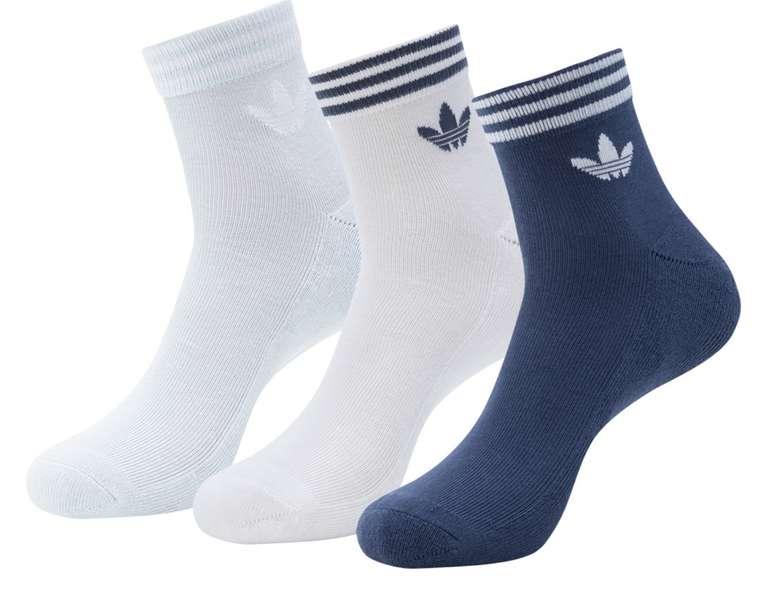 adidas Originals Trefoil Ankle Socken (3 Paar) für 6,99€ zzgl. Versand (statt 12€)