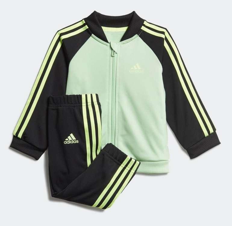Adidas Kinder 3-Streifen Tricot Trainingsanzug in 2 Farben für je 22,48€ inkl. Versand (statt 31€) - Creators Club