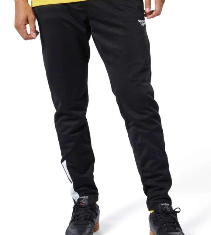 Reebok Classics Jogger Pants in 2 vers. Farben zu je 33,73€ inkl. Versand (statt 45€)