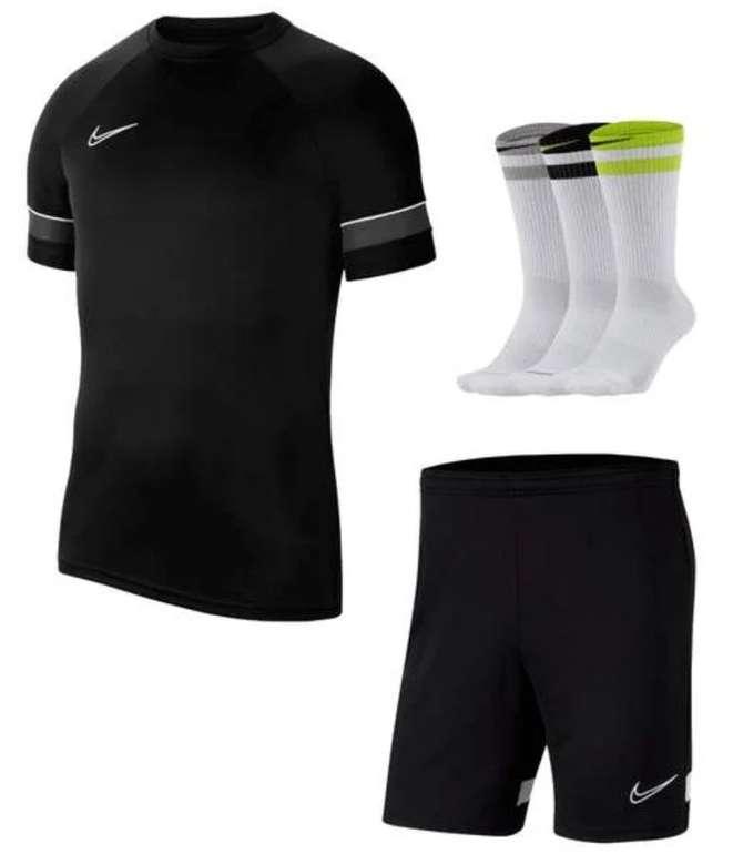 3-tlg. Nike Academy 21 Traininigsset (Shirt, Shorts und Socken) für 33,95€ inkl. Versand (statt 45€)
