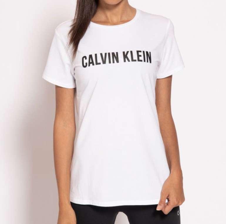 Dress-for-Less Sale mit 50 bis 80% Rabatt + VSKfrei - z.B. Calvin Klein Performance T-Shirt für 19,95€