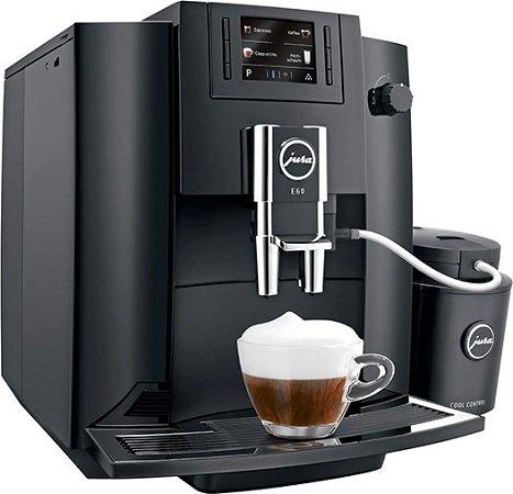 JURA E60 Kaffeevollautomat in Piano Black für 599€ inkl. Versand (statt 699€)