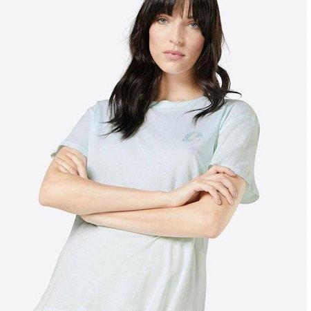 2 Damen T-Shirts von Obey für je 10,71€ inkl. Versand