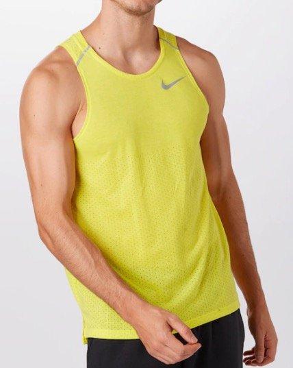 "Nike Breathe ""Rise 365"" Tanktop für 13,95€ inkl. Versand (statt 26€)"