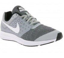 Nike Downshifter 7 Laufschuhe für je 29,99€ inkl. Versand (statt 45€)