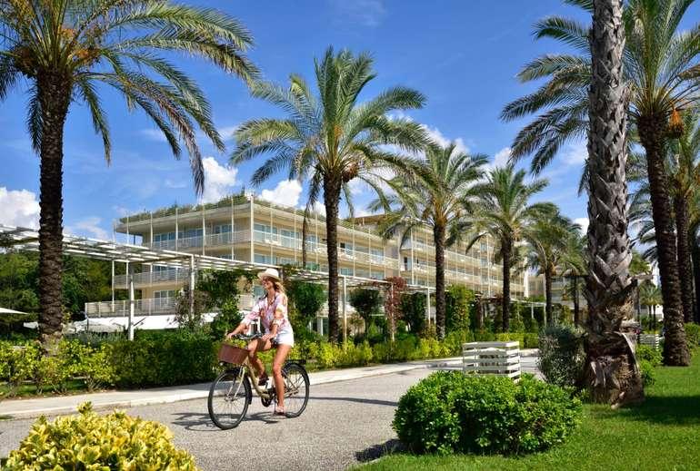 Italien, Lido di Camaiore: 4* Hotel Versilia Lido direkt am Strand inkl. Frühstück ab 69€ pro Person/ je Übernachtung (RZ: September)