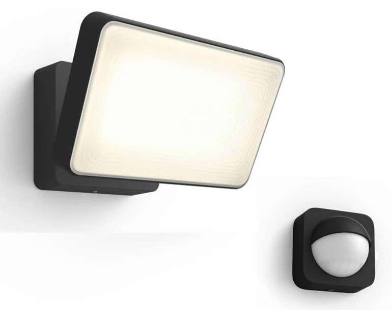 Philips Hue White Welcome Flutlicht + Outdoor Bewegungssensor für 119,90€ inkl. Versand (statt 156€)