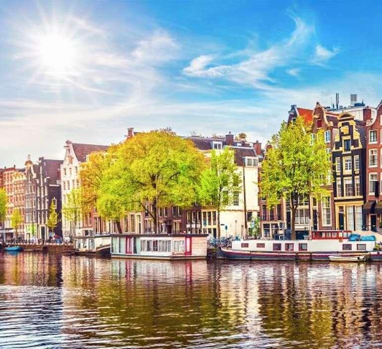 Amsterdam: Ab 1 Übernachtung 4* Zoku Loft inkl. Frühstück & 4x Eiscreme ab 54,50€ pro Person