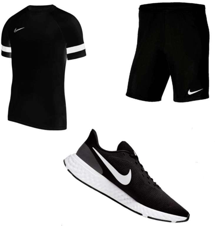 3-tlg. Nike Trainings Outfit (Shirt, Shorts und Sneaker) für 54,95€ inkl. Versand (statt 66€)