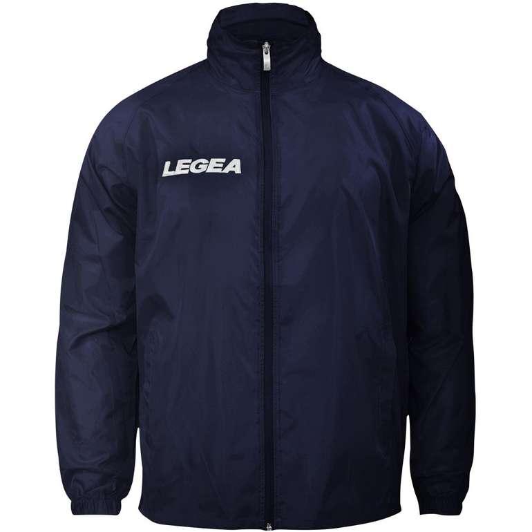 Legea Italia Teamwear Regenjacke (vers. Farben) zu je 12,94€ inkl. Versand (statt 15€)