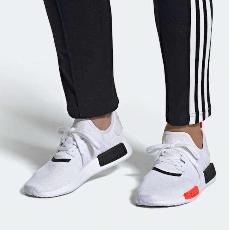 """Adidas Originals NMD_R1 Sneaker im """"Cloud White / Solar Red / Core Black""""-Colourway für 83,27€ (statt 105€)"""