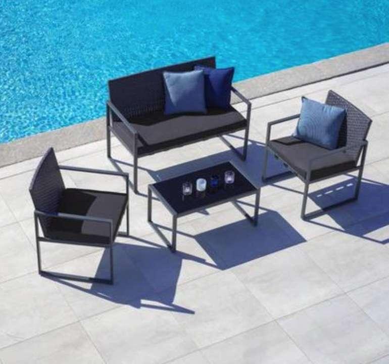 Gartengarnitur Moni inkl. Sitzbank, 2 Stühlen & Tisch mit Glasplatte für 145,25€