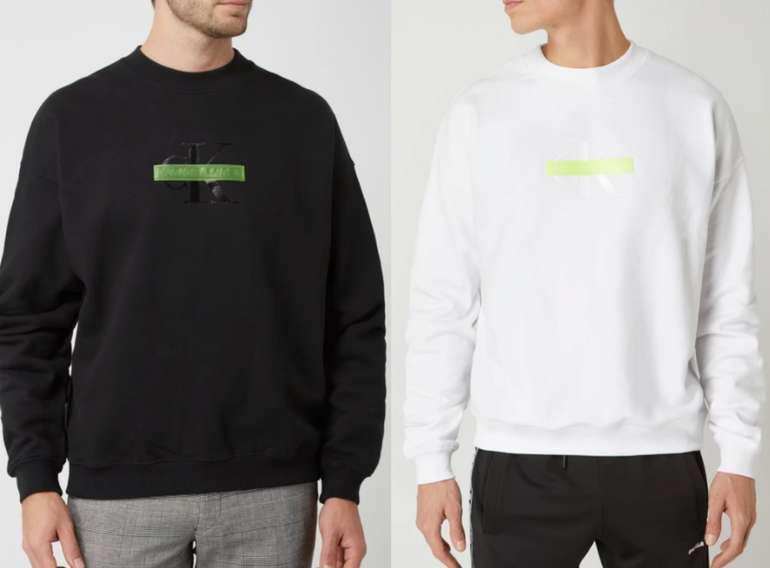 Calvin Klein Jeans Oversized Sweatshirt mit Logo (2 Farben) zu je 29,99€inkl. Versand (statt 40€)