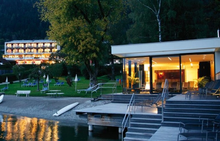 Kärnten: 2ÜN/F im 4* Seehotel Hoffmann inkl. Wellness + 3-Gang-Abendmenü ab 99€ p.P.
