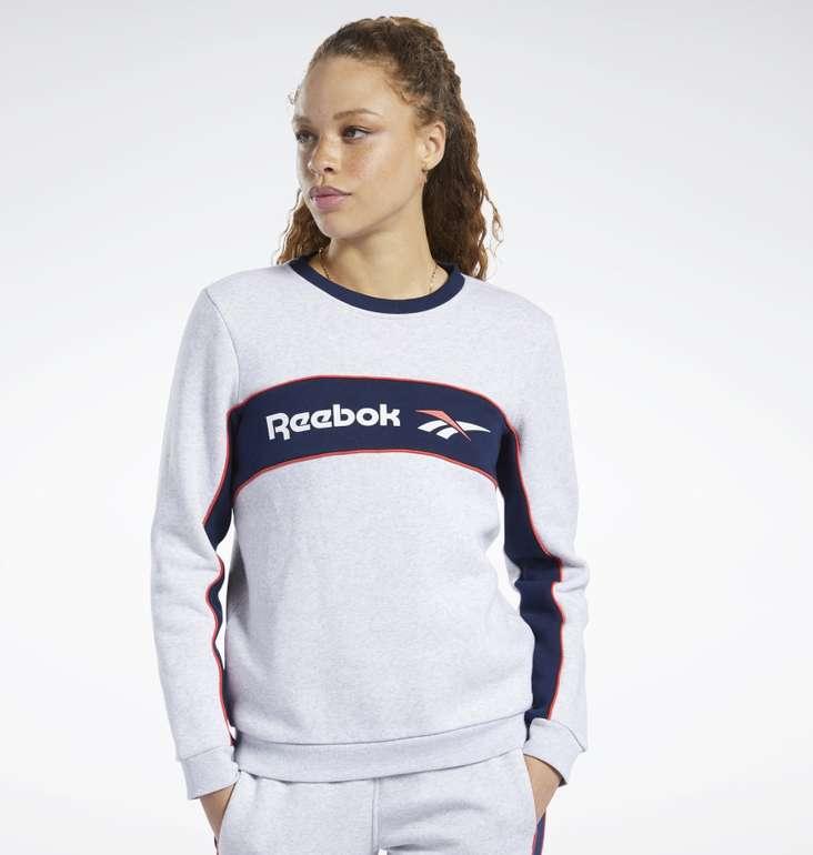 Reebok Classics Linear Fleece Crew Damen Sweatshirt für 27,97€ inkl. Versand (statt 40€)