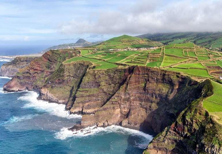 Flüge auf die Azoren ab 48€ Return mit Ryanair (Abflug von Frankfurt Hahn) - Reisezeitraum: Juli