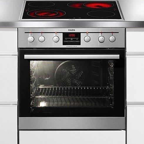 AEG EEMX331203 Einbauherd-Set mit Glaskeramik-Kochfeld für 479€ inkl. Versand