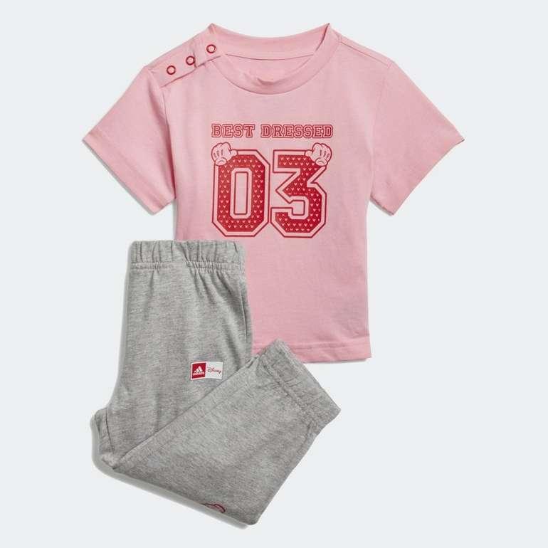 Adidas x Disney Hose & T-Shirt Kinder Set für 14,70€ inkl. Versand (statt 25€) - Creators Club