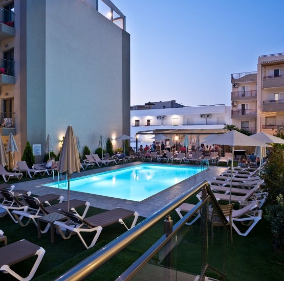 Kreta: 1 Woche im 4* City Green Hotel inkl. All-Inclusive, Transfer & Flüge ab 331€ pro Person