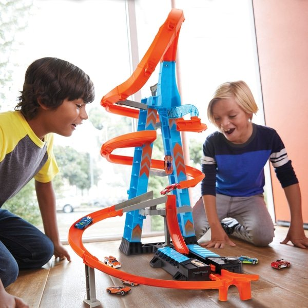 Hot Wheels Himmelscrash-Turm/Sky Crash Tower + 1 Hot Wheels Auto für 39,99€ (statt 49€)