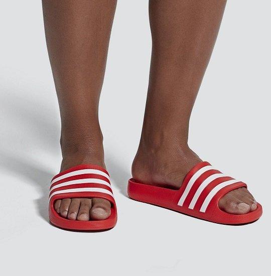 adidas Performance 'Aqua Adilette' in rot für 15,22€ inkl. Versand (statt 17€)