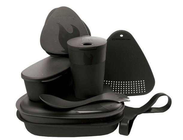 Light My Fire Camping Geschirrset (8-teilig) aus Bio Kunststoff für 20,45€inkl. Versand (statt 33€)