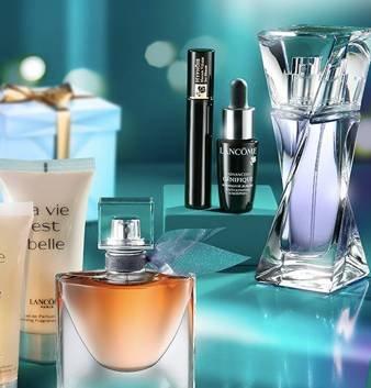 Galeria Kaufhof Feiertags-Angebote, z.B. 15% Rabatt auf ausgewählte Parfumerie
