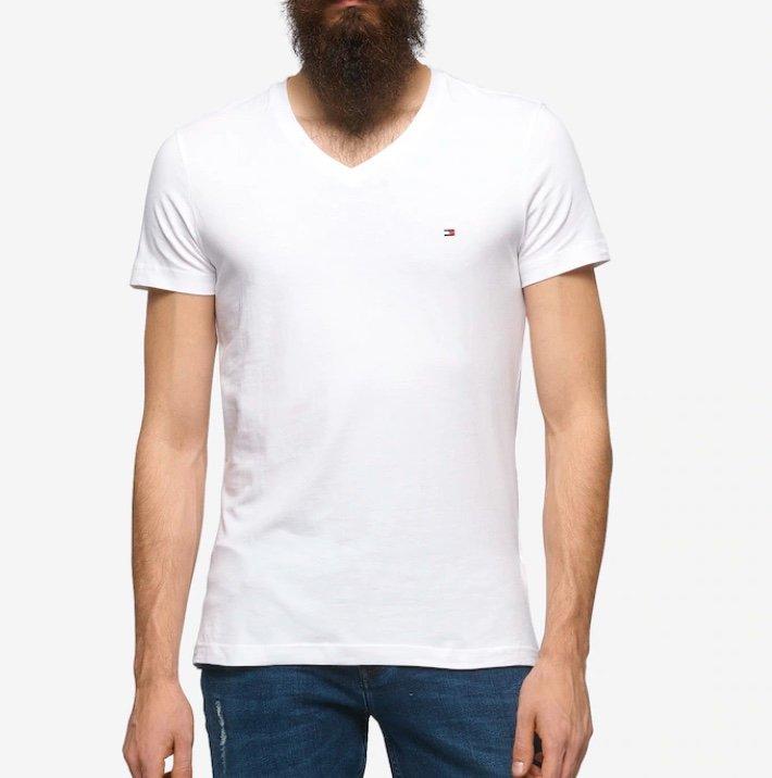 Tommy Hilfiger Herren T-Shirt in offwhite für 20,93€ inkl. Versand (statt 26€)