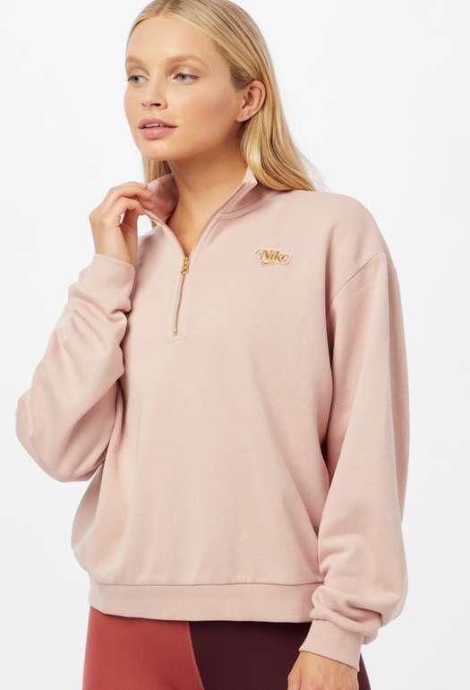 Nike Sportswear Femme Damen Sweatshirt in gold / altrosa für 29,90€inkl. Versand (statt 45€)