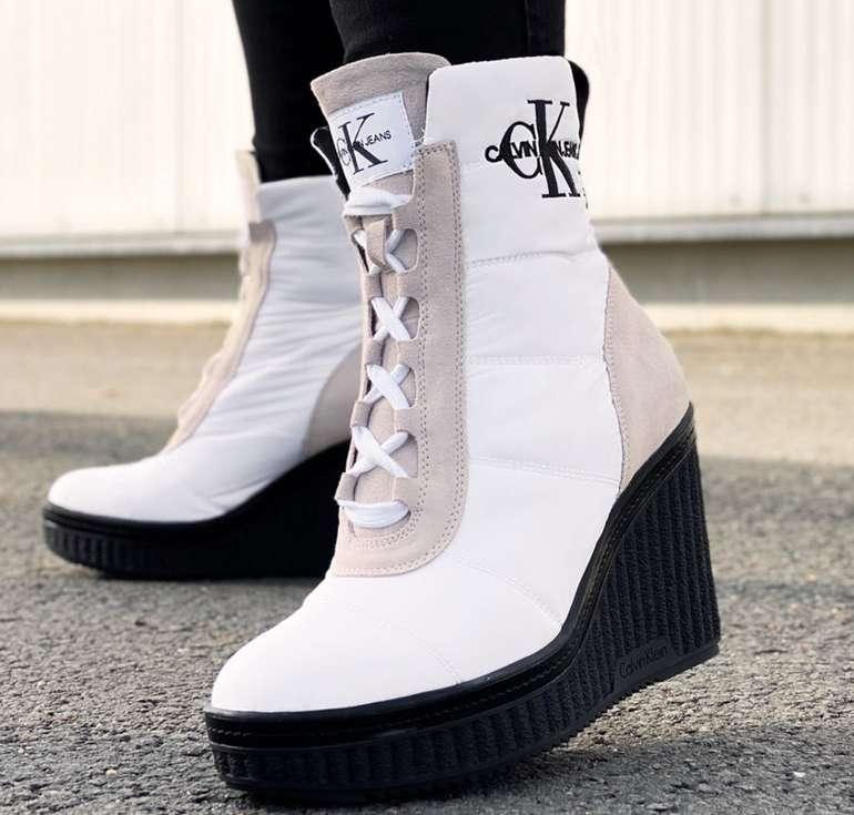 Calvin Klein Schuh Sale mit bis zu 73% Rabatt - z.B. Calvin Klein Jeans Sole Quilted Damen Keilstiefeletten für 43,99€