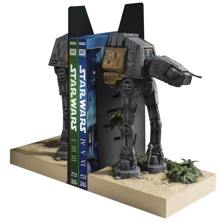 Gentle Giant Star Wars Rogue One AT-ACT Half Rogue One Bücherstütze für 109,49€ inkl. VSK