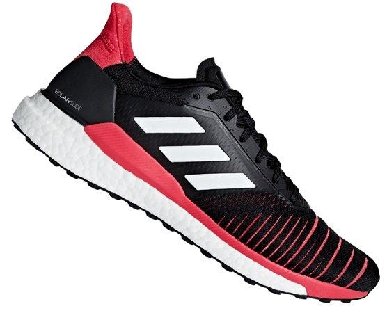 Adidas Laufschuh Solar Glide M in Schwarz/Rot für 69,95€ (statt 88€)