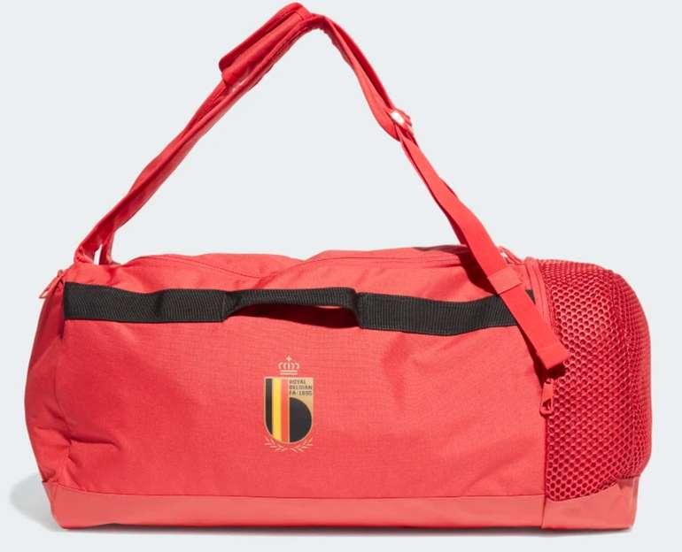 adidas Belgien Duffelbag in Rot für 19,12€ inkl. Versand (statt 45€)