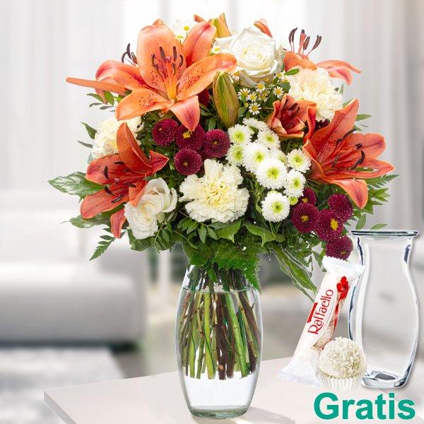 """Blumenstrauß """"Sommertag"""" mit Vase & Ferrero Raffaello für 37,59€ inkl. Versand"""